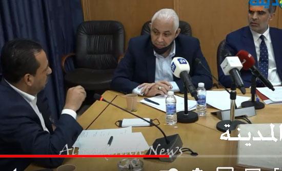 فيديو وصور : حوارات ساخنة  في لجنة الزراعة حول نظام عمال الزراعة .. شاهد