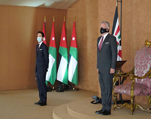 صور : رئيس وأعضاء الحكومة الجديدة يؤدون اليمين الدستورية أمام جلالة الملك في قصر الحسينية