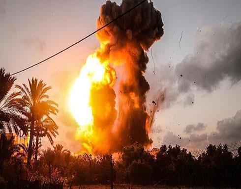 بالفيديو : حريق إثر سقوط صاروخ من غزة على جنوبي إسرائيل