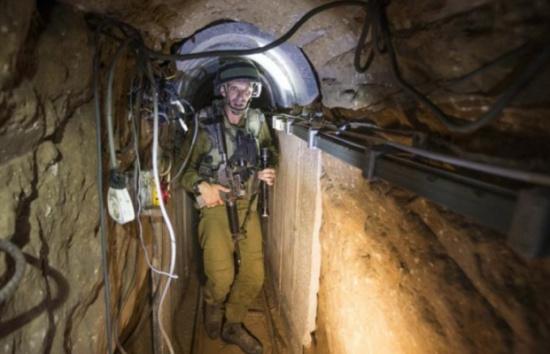إسرائيل تستلم معدات ثقيلة لحملتها ضد أنفاق حماس