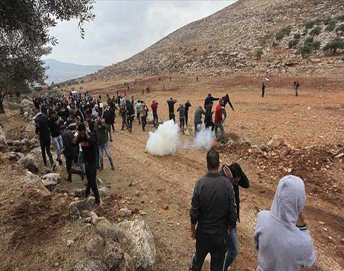 الخليل.. عشرات الإصابات بالاختناق بمواجهات مع الجيش الإسرائيلي