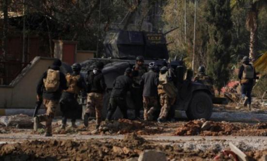 تنظيم الدولة يتراجع بالموصل ويرد بهجوم في ديالى