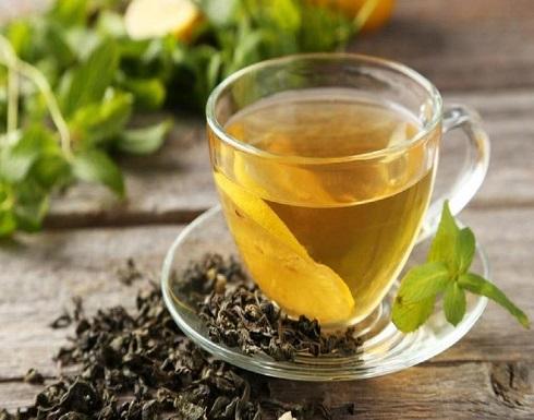 فوائد الشاي الأخضر في علاج تساقط الشعر