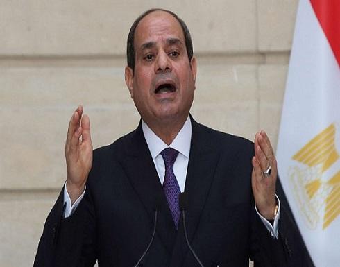 """السيسي: """"الدين مش هيضيع"""" و""""ربنا مدّ إيده وأنقذ مصر""""- (فيديوهات)"""