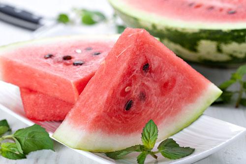 اكتشفي أغرب الفوائد التي تخفيها فاكهة البطيخ