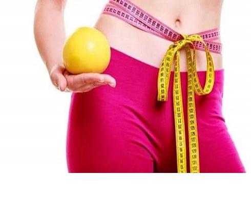 تعرفي على الفرق بين فقدان الوزن بنظام غذائي والجراحة !