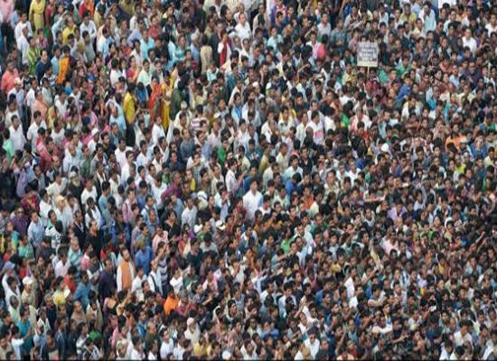 """الهند: الآلاف يتظاهرون في """"يوم الغضب"""" بسبب تغيير العملة"""