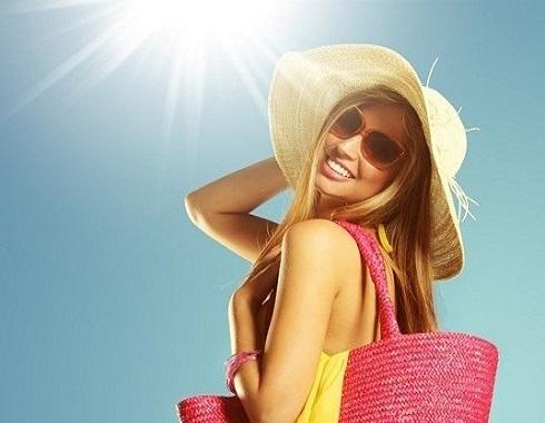 8 خطوات تجعلك أكثر جمالاً وتألقاً هذا الصيف