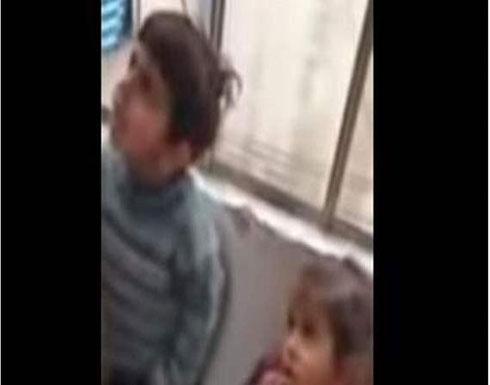 بالفيديو : طفلان مشردان يبكيان اللبنانيين وتدخل لإنقاذهما
