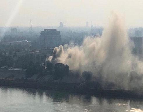 شاهد :  حريق في محيط وزارة الدفاع العراقية داخل المربع الرئاسي الحكومي