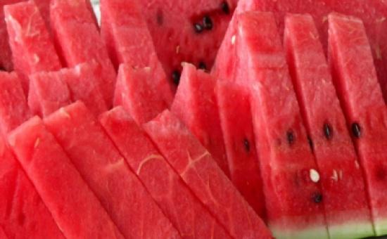 البطيخ : فاكهة الصيف الصديقة للحمية