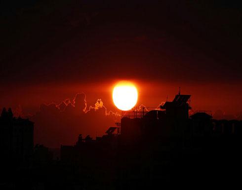 الفصائل الفلسطينية توافق على الطلب المصري بوقف إطلاق النار في العاشرة مساءا