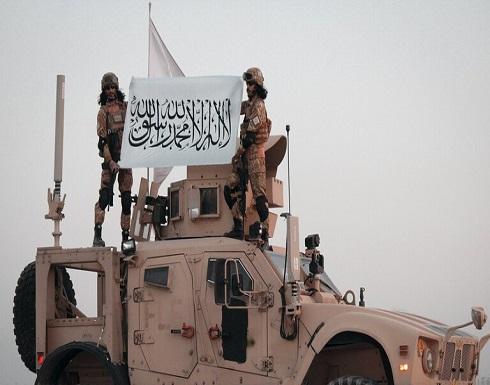 """""""طالبان"""" تستعرض قوتها العسكرية بـ""""الجيش الفاتح"""" .. شاهد"""