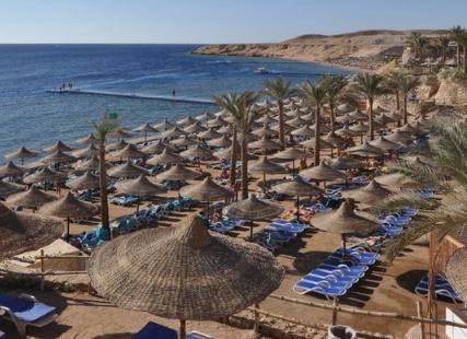 مصر تطالب بريطانيا باستئناف رحلاتها الجوية لشرم الشيخ