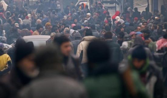 بدء تنفيذ إجلاء ثلاثيّ من حلب ومناطق للنظام