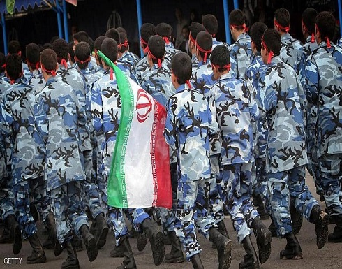 """وزير إيراني يتحدث عن 14 مليون تلميذ """"جاهزين للقتال"""""""