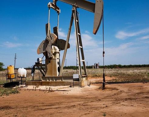 النفط يواصل نزيفه.. ويستعد لثاني هبوط شهري