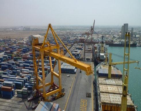 الإرياني: إدارة ميناء الحديدة يجب أن تعود للشرعية