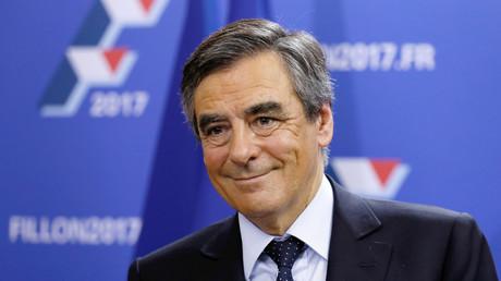 استطلاع: فيون الأوفر حظا للفوز برئاسة فرنسا