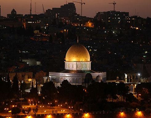 إقامة صلاة الغائب على مرسي في المسجد الأقصى (شاهد)
