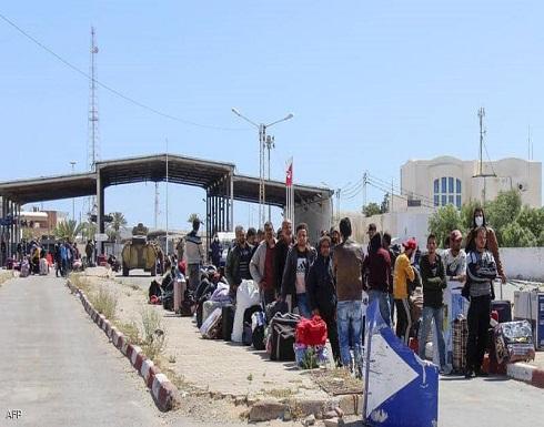 الرئيس التونسي يأمر باعادة فتح الحدود مع ليبيا