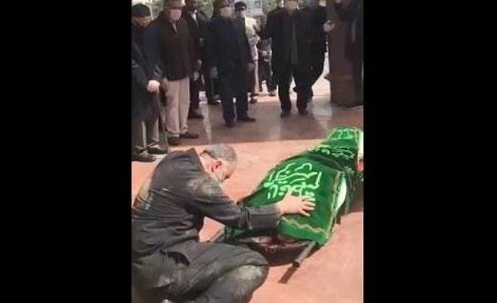 بالفيديو : كورونا يقترب من بيت خامنئي.. وفاة والدة زوجة ابنه