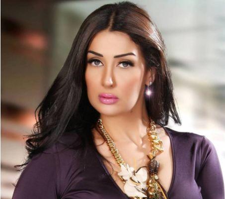 """بالصور - تعرفوا الى شقيقة غادة عبد الرازق وابنتها الحسناء التي أشعلت """"انستغرام""""... هل تشبه خالتها؟!"""