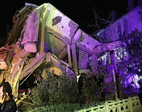 بالفيديو : قناة تركية تنقل لحظة زلزال ألازيغ ...  6 قتلى وأكثر من 200 جريح للان