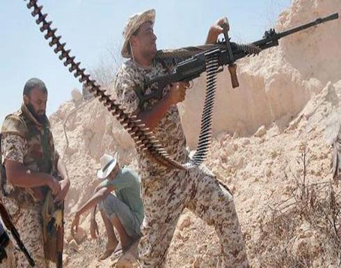 عشرات القتلى في اشتباكات بقاعدة جنوب ليبيا