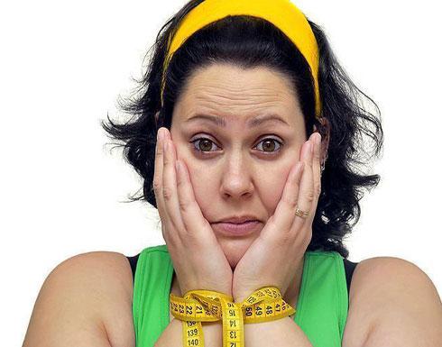 دراسة: البدينات أكثر عرضة للاكتئاب