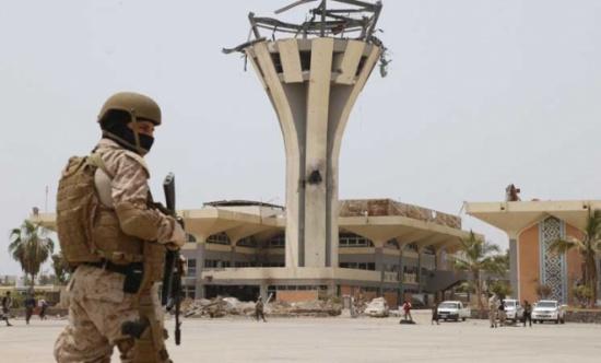 توتر أمني واشتباكات في مطار عدن الدولي جنوبي اليمن