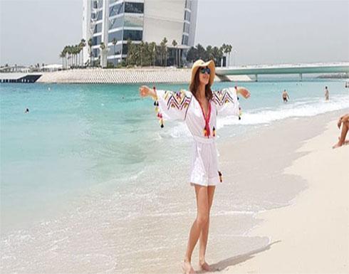 شاهد : لأول مرة .. نانسي عجرم تنشر فيديو لها وهي بملابس البحر