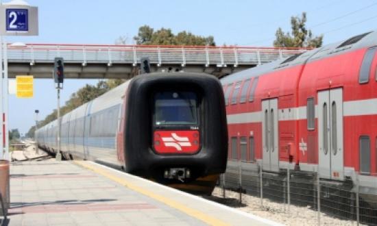 قطار الحجاز ينطلق من جديد في فسطين إلى مقربة من الحدود الأردنية