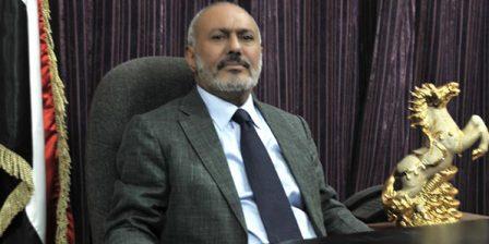 فيديو وصور: ظهور نادر لـ علي عبدالله صالح في مول تجاري وسط صنعاء