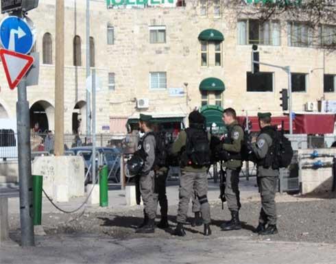 شرطة الاحتلال تطلق النار على فلسطيني طعن إسرائيليَيْن بالقدس