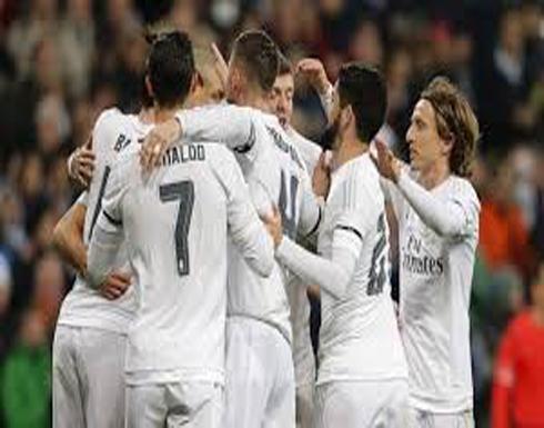 ريال مدريد يستعيد الصدارة سريعًا بثلاثية في أوساسونا