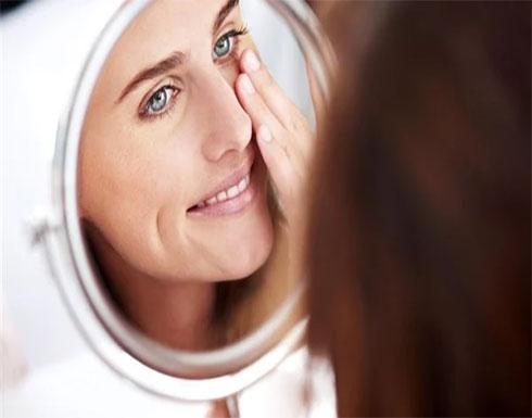 تعرضك لمخاطر صحية.. احترس من عمليات شد الوجه وتقويم البشرة