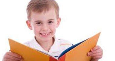 دراسة بريطانية: القراءة منذ الصغر تزيد مستوى الذكاء