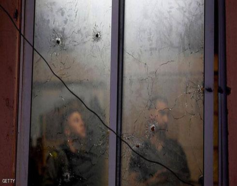 """إسرائيل تصيب عنصرين بالأمن الفلسطيني.. وتتحدث عن """"خطأ"""""""