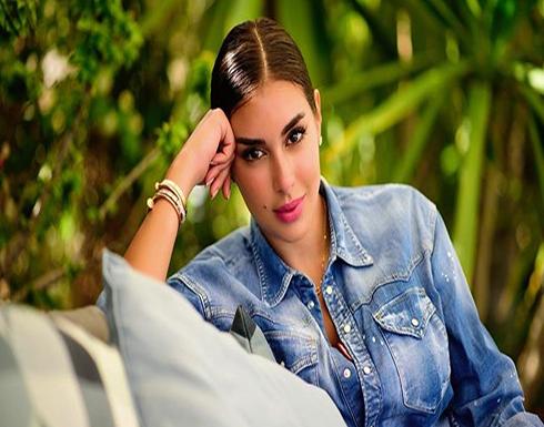 ياسمين صبري بفستان احمر ناري والجمهور يحذرها من هذا الأمر