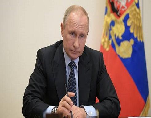 بوتين يدعو لعدم الاستعجال في رفع القيود المفروضة في روسيا بسبب فيروس كورونا