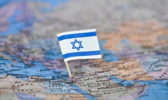 """إسرائيل توضح دلالة """"الخطين الأزرقين"""" في علمها وتزعم أنهما لا يرمزان إلى النيل والفرات- (فيديو)"""