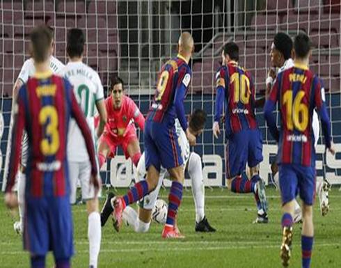 """بالفيديو .. ميسي يقود برشلونة للفوز على إلتشي بثلاثية وينفرد بصدارة هدافي """"الليغا"""""""