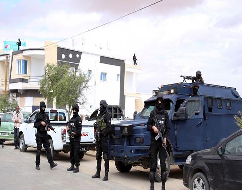 تونس: مقتل 4 جنود جراء انفجار لغم قرب الحدود مع الجزائر