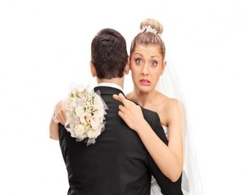 خبير: النساء غير المتزوجات هن الأكثر سعادة