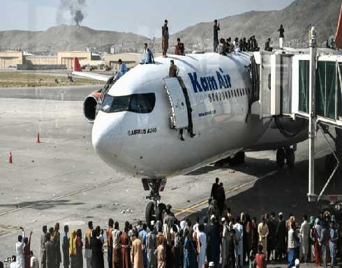 """مصادر: """"داعش"""" يخطط لتنفيذ سلسلة هجمات على مطار كابول حيث تجري عمليات الإجلاء"""