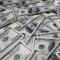 الدولار قرب أدنى مستوى في 3 أسابيع قبل صدور بيانات