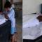 صورة طفل أمام جثمان والده تُبكي الملايين بالهند