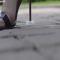 بالفيديو: حدث ابتكار يسمح بارتداء الكعب العالي على العشب