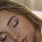 دراسة تكشف: النوم المتقطع يزيد خطر الإصابة بهذا المرض
